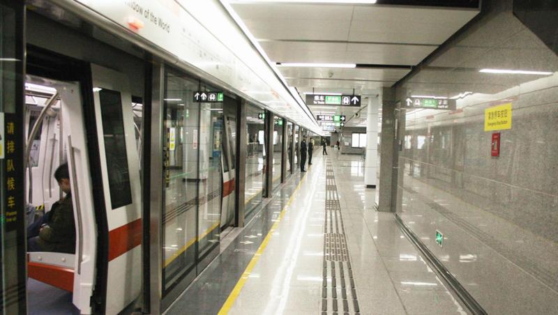 深新早点丨最早提前30分钟!深圳4条地铁线路实行新版行车运行图