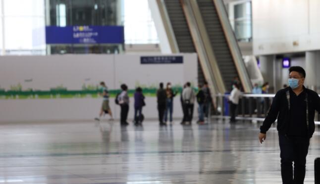 访港旅客连续10个月跌幅超90%