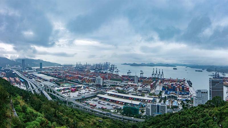 中国成为2020全球唯一实现货物贸易正增长的主要经济体 外交部回应