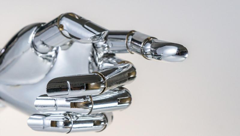 """光明日报:如何看待""""机器换人""""带来的技术性失业危机"""