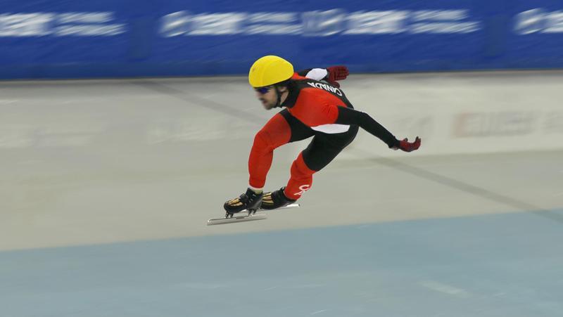 国家速滑馆完成速滑滑冰赛道首次制冰,已具备冬奥测试赛条件