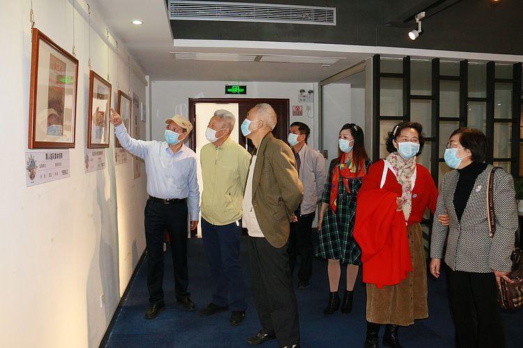 """""""跨过鸭绿江""""抗美援朝年画展开幕 作品均创作于上世纪五十年代"""