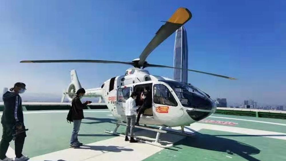深圳交警春运探路放大招!将在三条线路上派直升机为市民提供指引