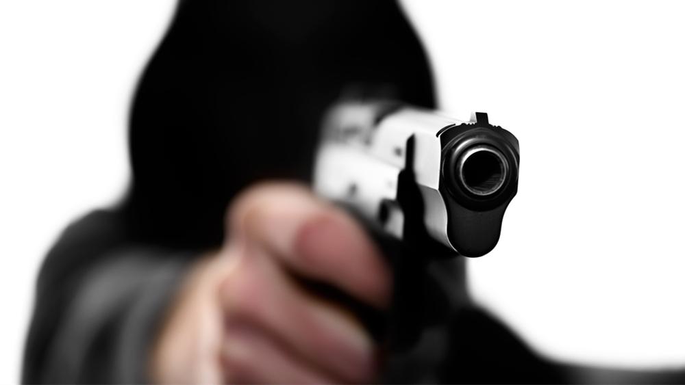 美国路州一家大型枪支商店发生枪击案 致3死2伤