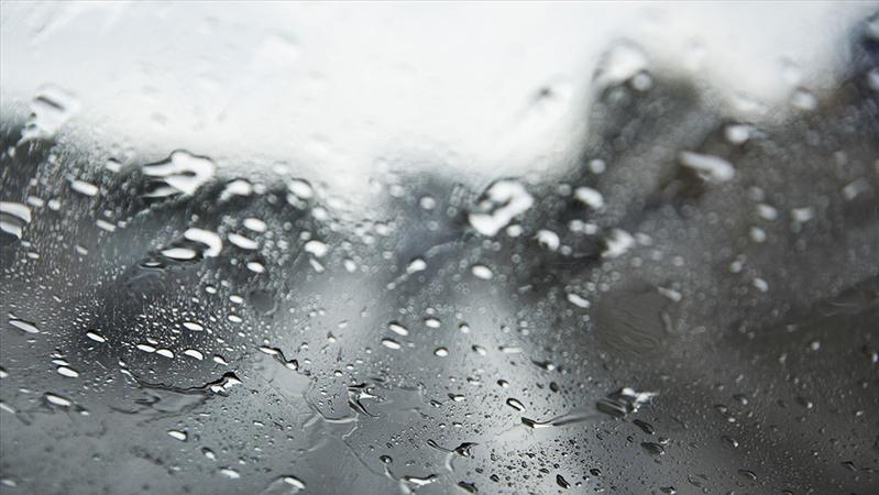 陕西开展今春首次大范围跨区域人工增雨雪作业,缓解当前旱情