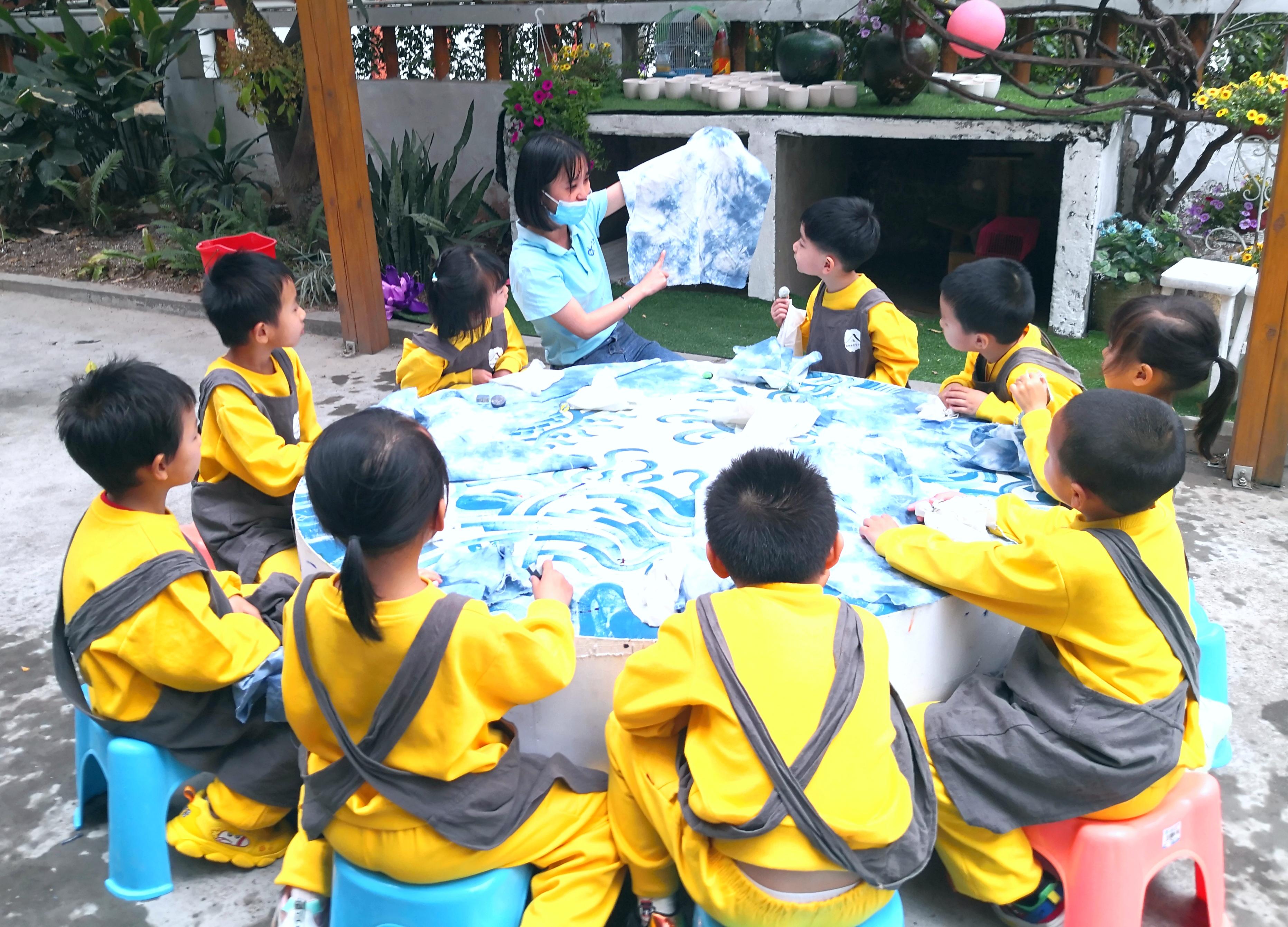 元宵节里爱爱坂田幼儿园的欢乐声