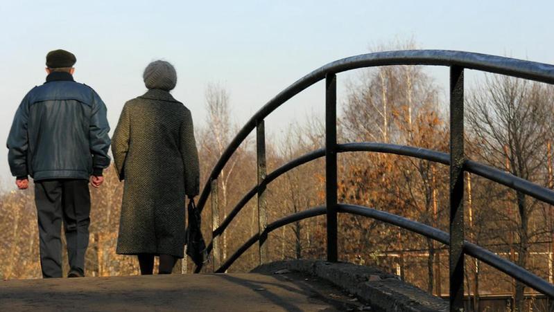人社部:正研究延迟退休具体改革方案,将广泛听取各方意见
