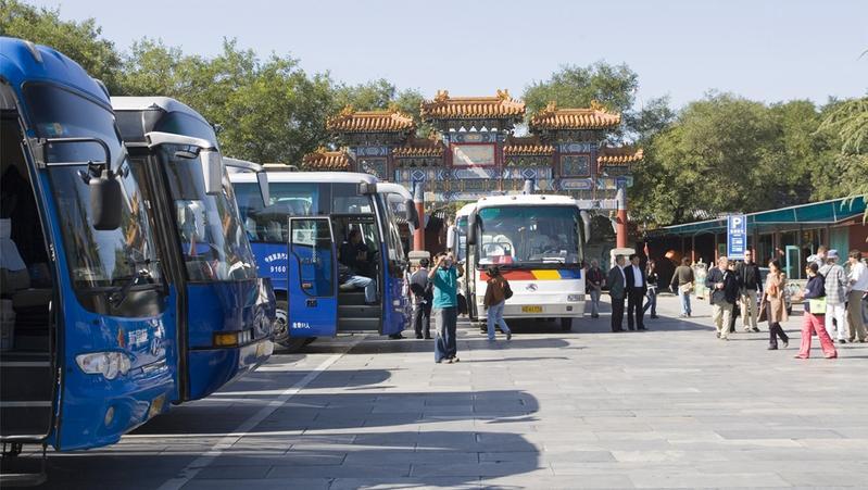 交通运输部:1月完成营业性客运量6.7亿人 同比降47.3%