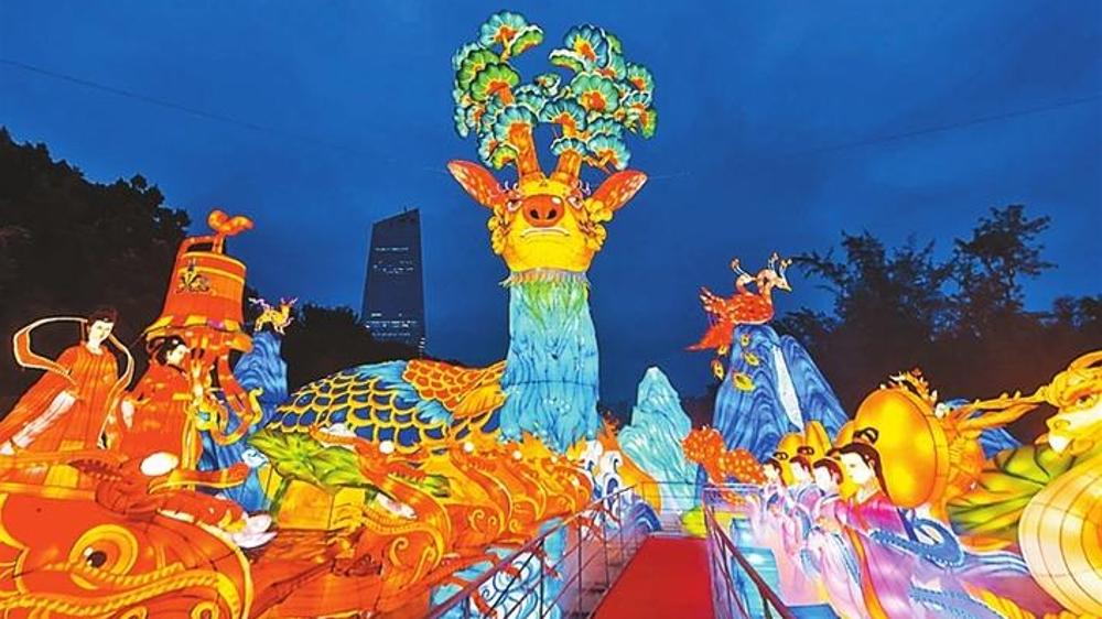 深圳国际光影艺术季、锦绣中华自贡灯会等活动分布全城
