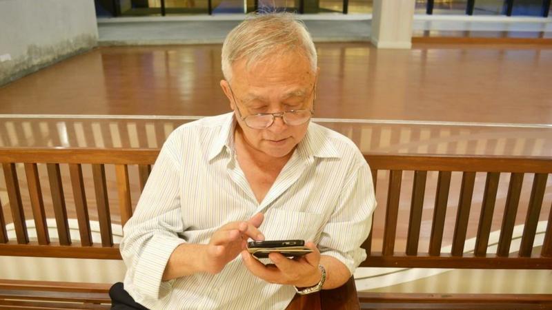 """互联网适老化改造加速,老年人上网越来越""""6"""""""