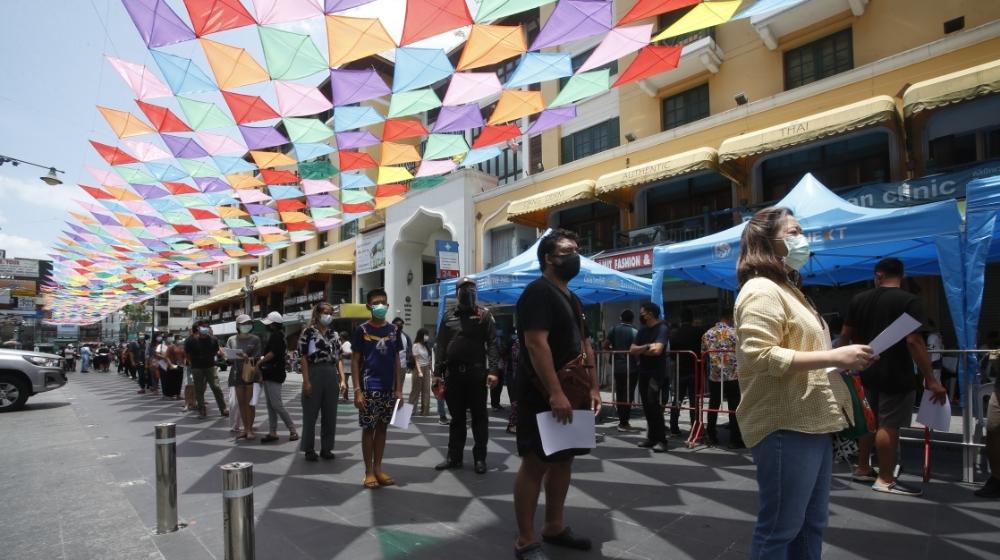 泰国新增1543例新冠确诊病例,为该国疫情暴发以来最高