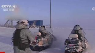 俄北方舰队在北极地区举行大规模跨军种演习