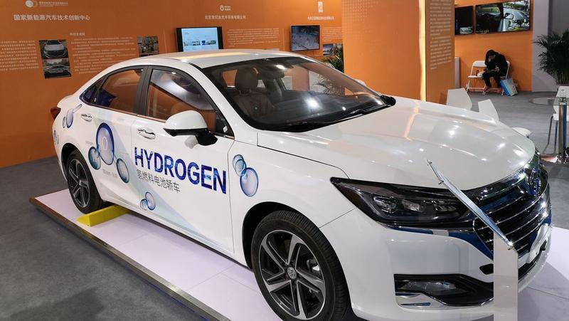 我国建成加氢站128座 氢燃料电池汽车已保有7000多辆
