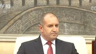 保加利亚总统任命看守内阁总理