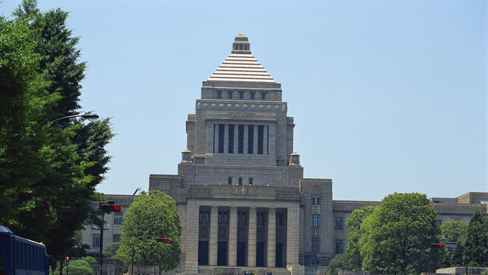 日本通过《国民投票法》修正案
