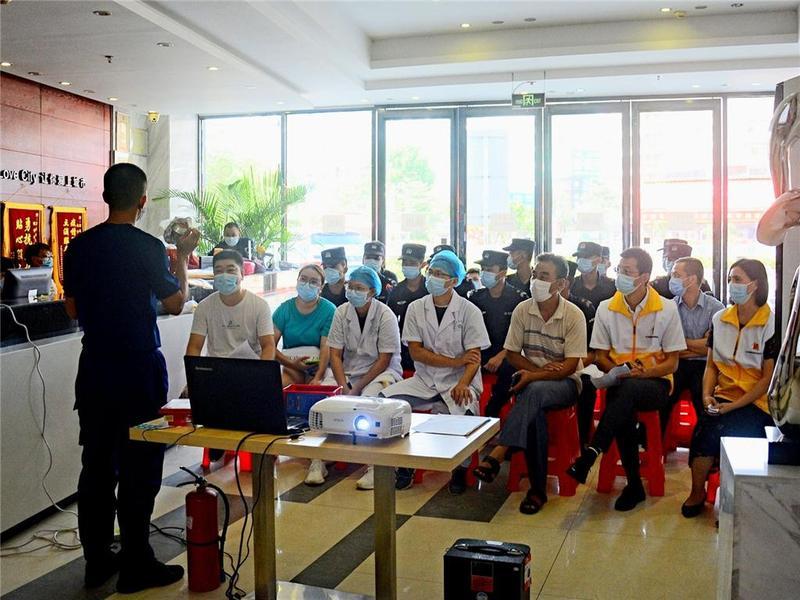 东莞市石龙镇举行集中隔离医学观察场所应急演练