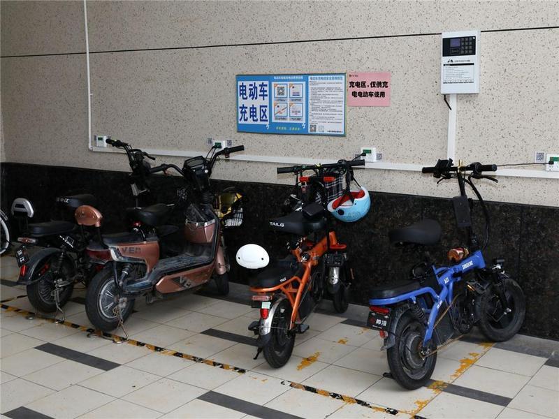 274个电动车停放充电点遍布东莞市茶山镇各村(社区)