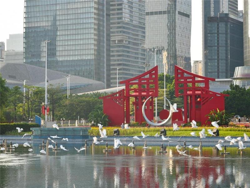 """白鹭翔城央,鸟鸣伴归家,广州把森林""""请""""进城市"""