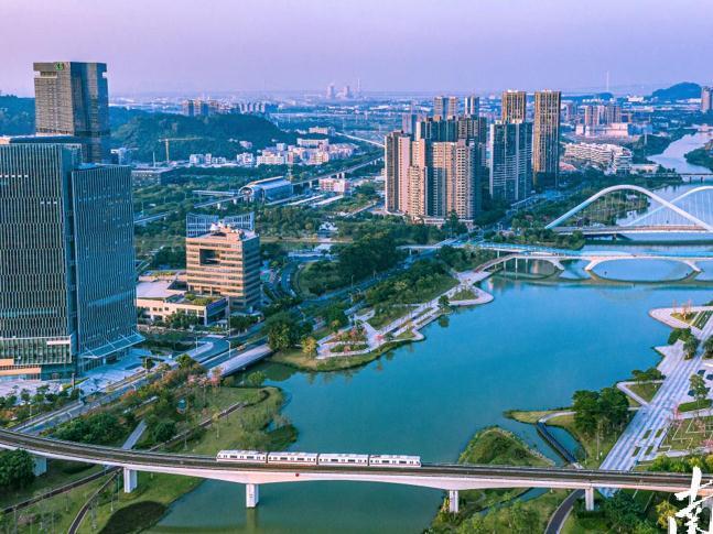 广州:办好家门口实事 创造高品质生活