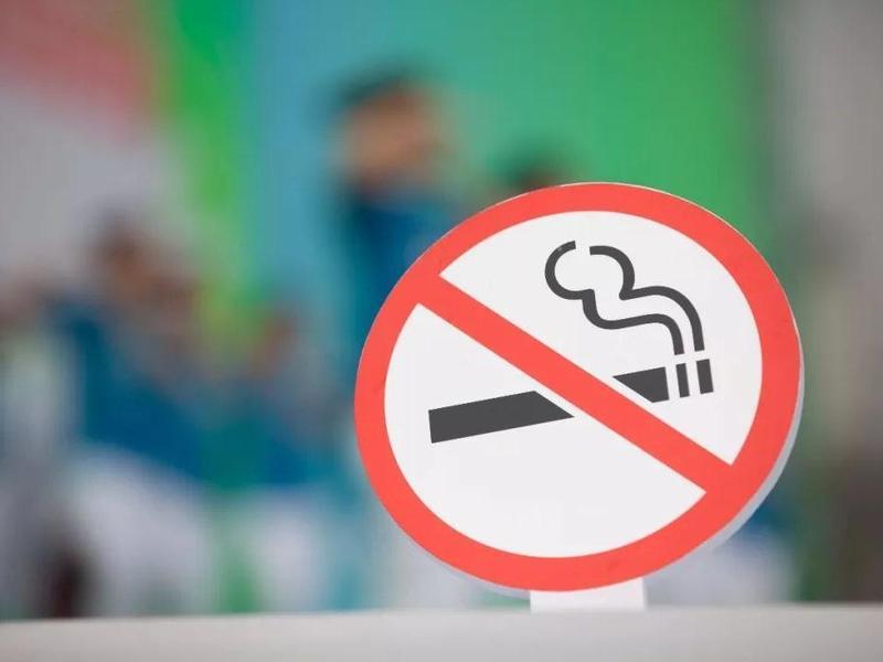 广深:室内公共场所、工作场所及公交全面禁烟
