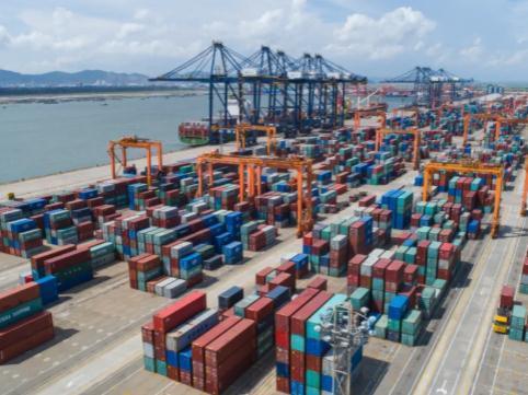 珠海港:上半年营收29.71亿,同比增长104.83%