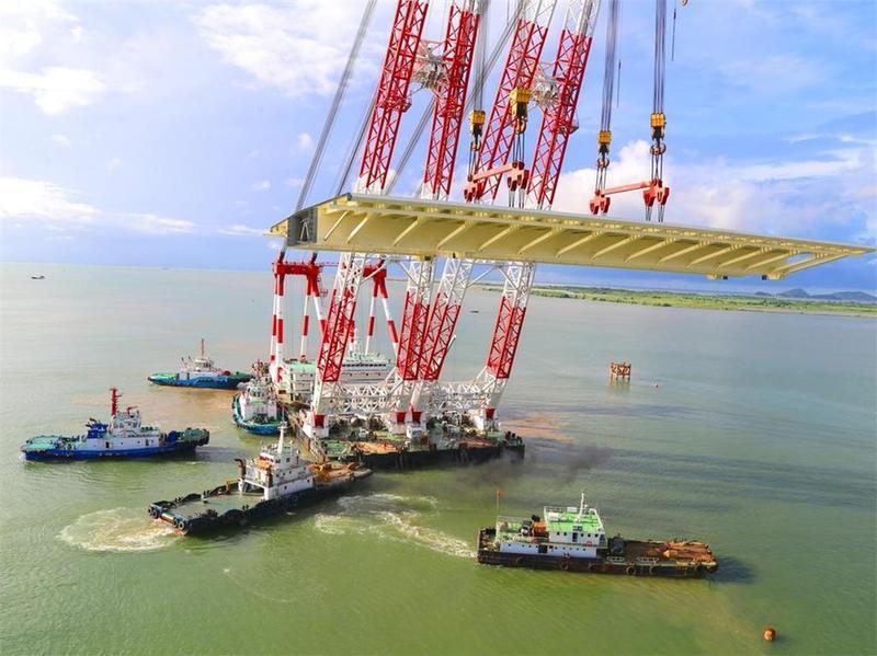 重2600吨!金海大桥最长最重钢箱梁完成架设