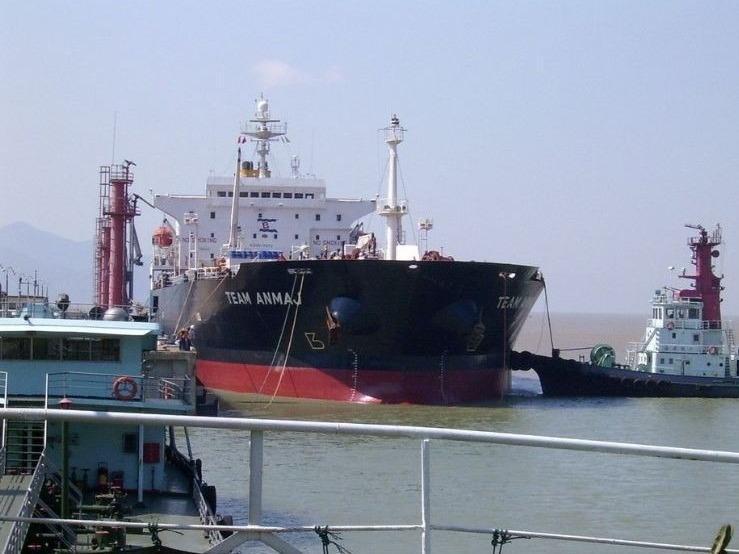 高栏港首条内外贸同船运输航线开航 为出口企业提供物流新通道