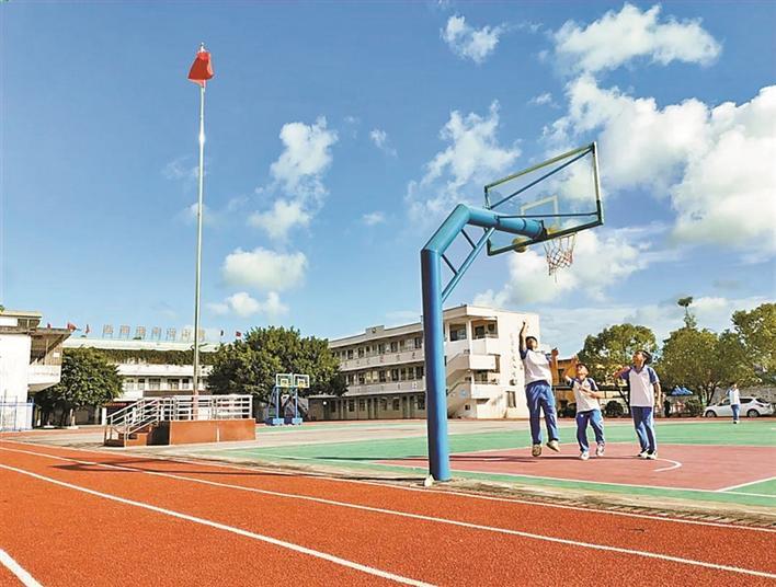 安装空调、翻修操场!深汕特别合作区中小学校园基础设施升级啦