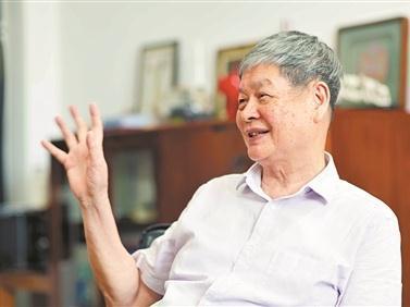 """中科院院士、华南理工大学教授吴硕贤:""""立常志""""比""""早成才""""更重要"""