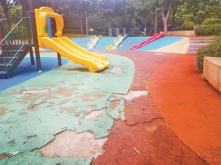 这片儿童游乐区多处破损藏隐患!城管部门:已纳入修复计划