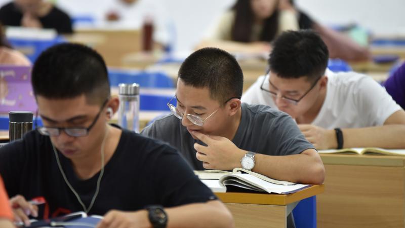 2022年国考什么职位最火?广东省税务局最受青睐,报名数居全国首位!