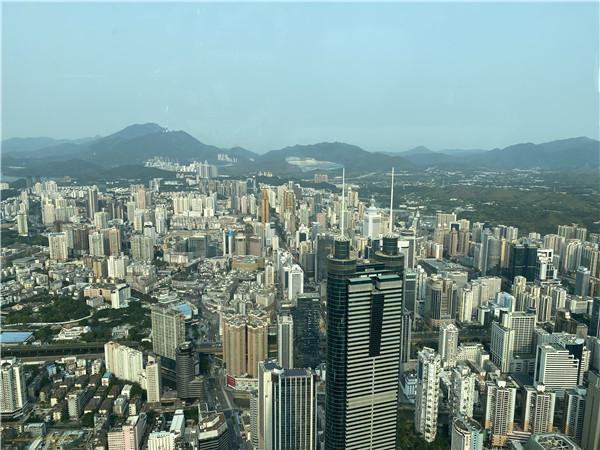 罗湖区新一届区委领导班子选举产生 刘胜当选为区委书记