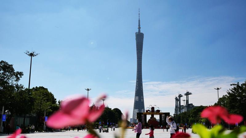广州征求意见:严格控制在白云山、珠江等一线建设超高层建筑