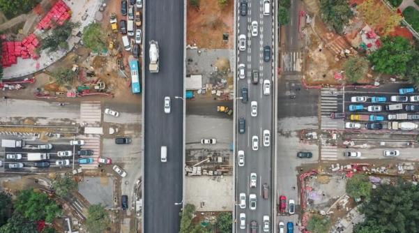 全城聚焦:为何深圳道路被反复开挖