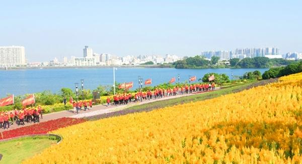 """福永举办第三届""""银发健步走""""活动 助力文明城市创建"""