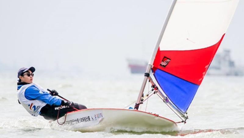 青少年帆船赛扬帆深圳湾 用航海连接世界