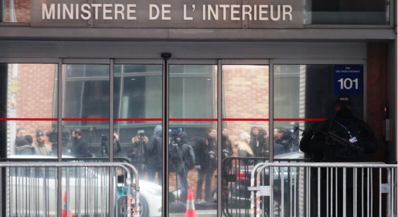 法国前总统萨科齐将于今日出庭受审,或面临10年监禁