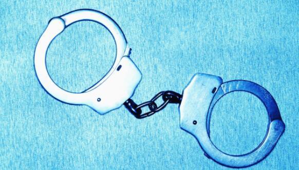 天津环卫系统一处长获刑十年半:女销售变情人