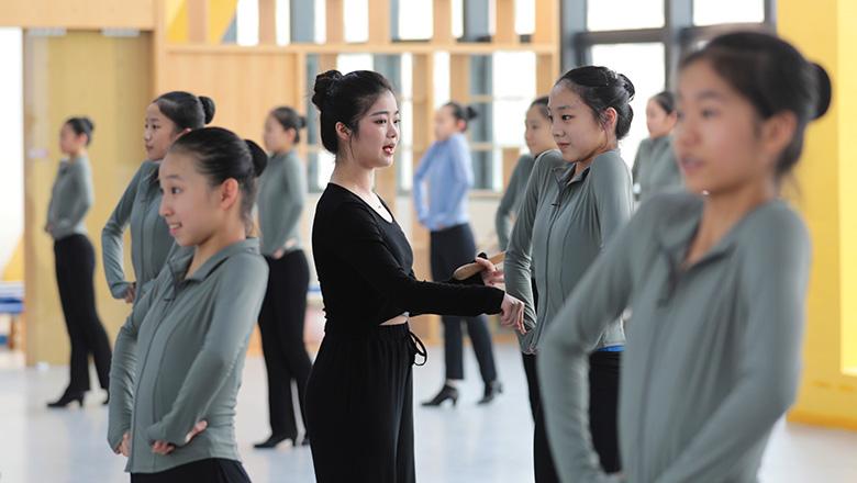 探校②深圳市艺术高中:培养双一流人才 科学文化艺术素养都不能少