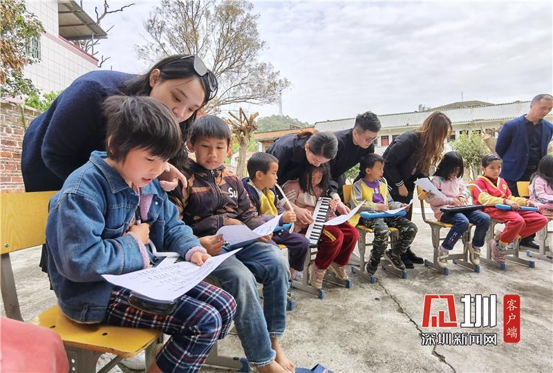 学史力行|坂田青年志愿者到河源山区开展公益支教行动