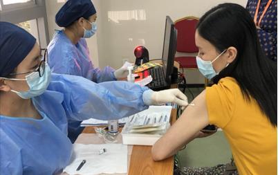打新冠疫苗,第二针和第一针到底要间隔多久?