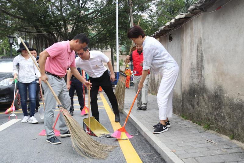 龙田街道全面开展环境卫生集中整治大扫除行动