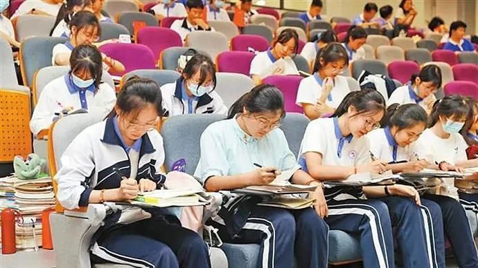 深新早点丨4.58万深圳学子今天高考!加油,少年的你!