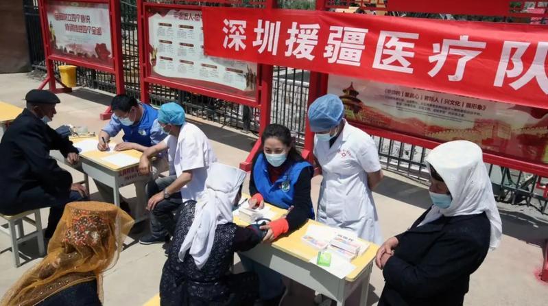 深圳援疆医生四上4000米帕米尔高原为群众巡回义诊