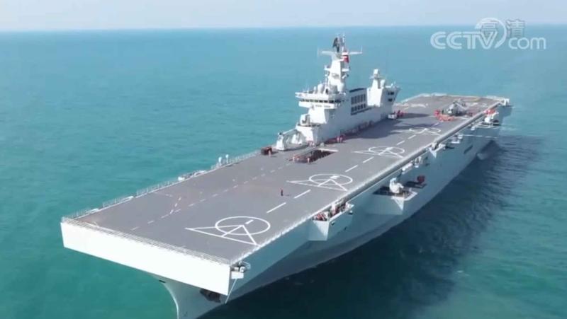 探访两栖攻击舰海南舰:15层楼高,配有导弹舰炮等武器系统
