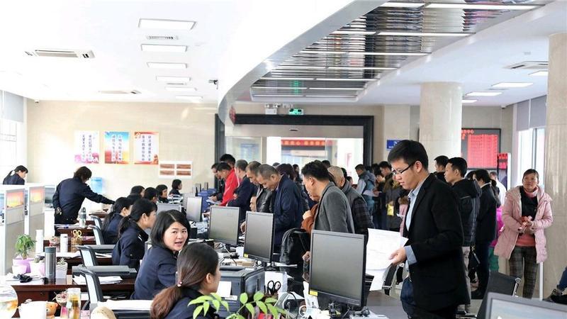 """肇庆唯一!德庆县政务服务大厅被评为""""全省标杆"""""""