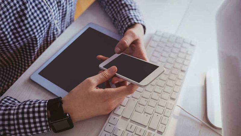 库存缺货PK销量下滑 机构预测全年手机生产量或再下调