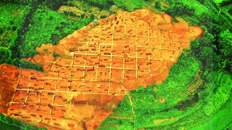 6月19日-20日晚9:25播出,CCTV-10探秘惠州市博罗县横岭山古墓