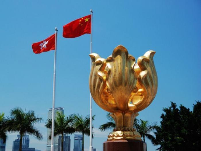 外交部驻港公署正告美西方反华政客:休拿新闻自由说事