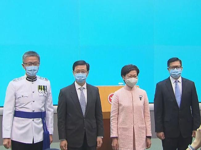 林郑月娥与新任命官员见记者 未来将与团队并肩作战 开启新局面